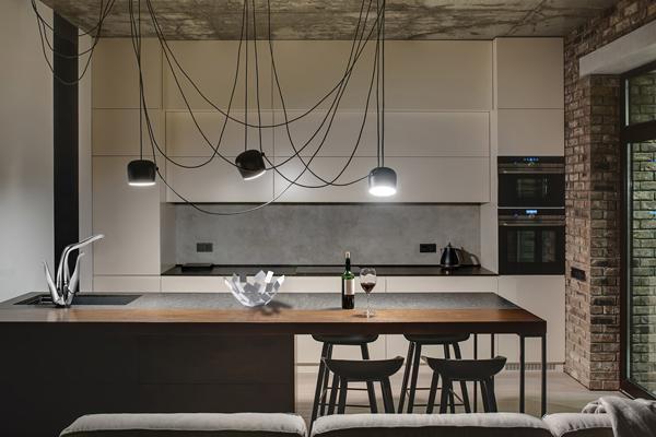 ALESSI Swan by Oras designet af Mario Trimarchi - En smuk skulptur til køkkenet