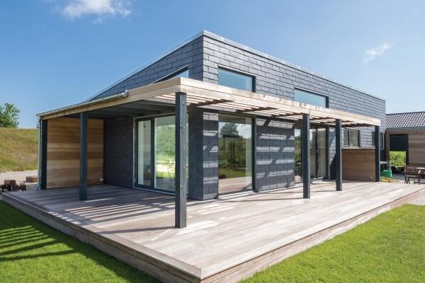Future house er her, og det er beklædt med naturskifer!
