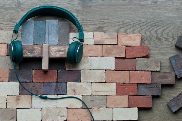 DANSKE TEGL lancerer podcastkanalen RadioTegl