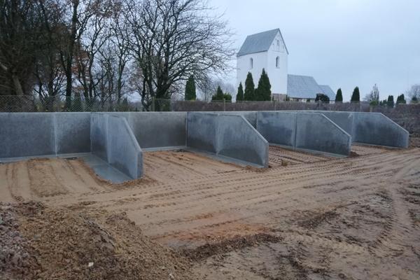 Flere kirkegårde vælger betonsiloer