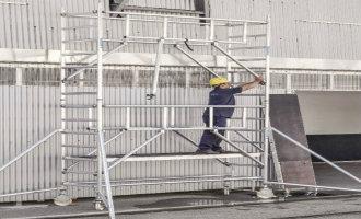 Nyt gelændersystem gør stilladser mere sikre (VIDEO)