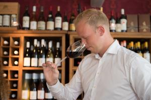 Wijnwinkel De Peizer Hopbel: wijnadvies van Tim onze sommelier