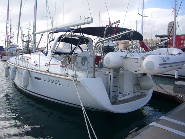 Alquiler Barco VICTORIANO Modelo Oceanis 50 Family