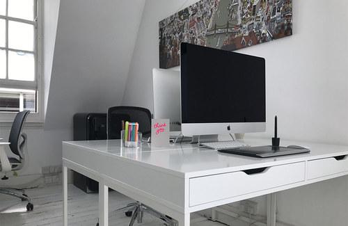 Desks 03 1000x650