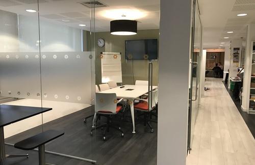 Meeting room coworking