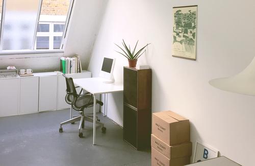 Desk 1 wide