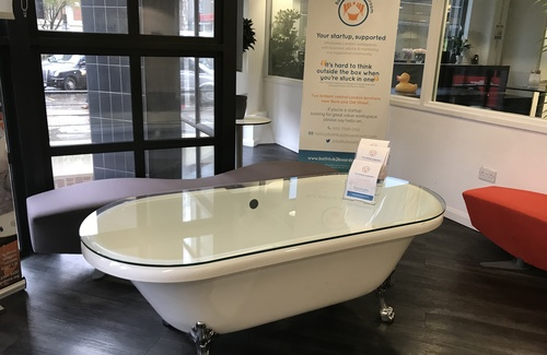Coworking bathtub