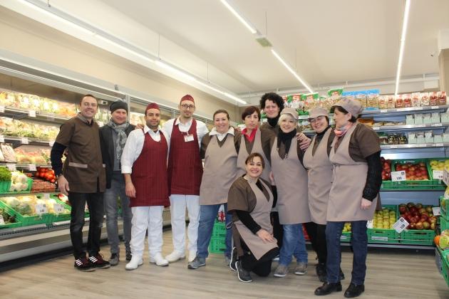 Rimini: ex-dipendenti diventano imprenditori e riaprono il supermercato.