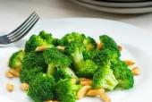 Broccoli saltati alle mandorle Punti - 0