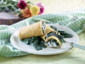 Cannoli di mais con spinaci, caprino e noci Punti - 0