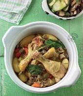 Cosce di pollo con patate, funghi champignon e verdure Punti - 0