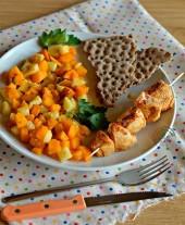 Spiedino di tacchino alla paprika con caponata di verdure e crackers integrali di segale Punti - 0