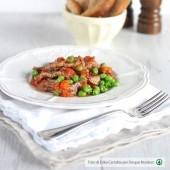 Straccetti di carne con piselli e pomodoro Punti - 0