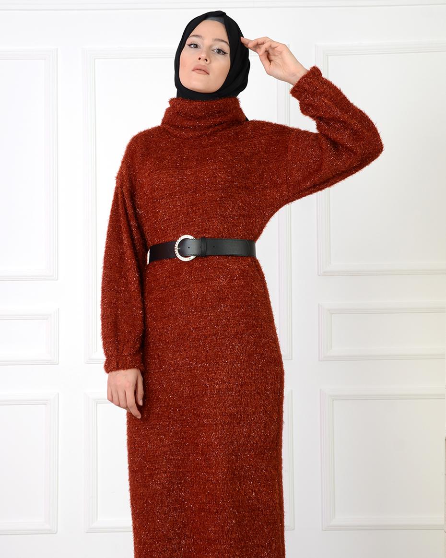 Beli Kemerli Degaje Yaka Kılcıllı Elbise KİREMİT