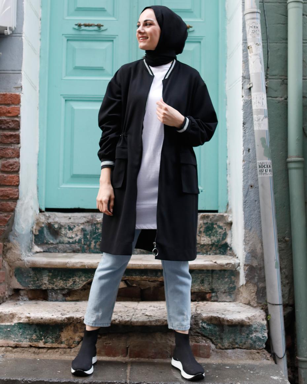 Beli Lastikli Fermuarlı Yaka Ve Kol Detayı Çizgili Tunik Siyah