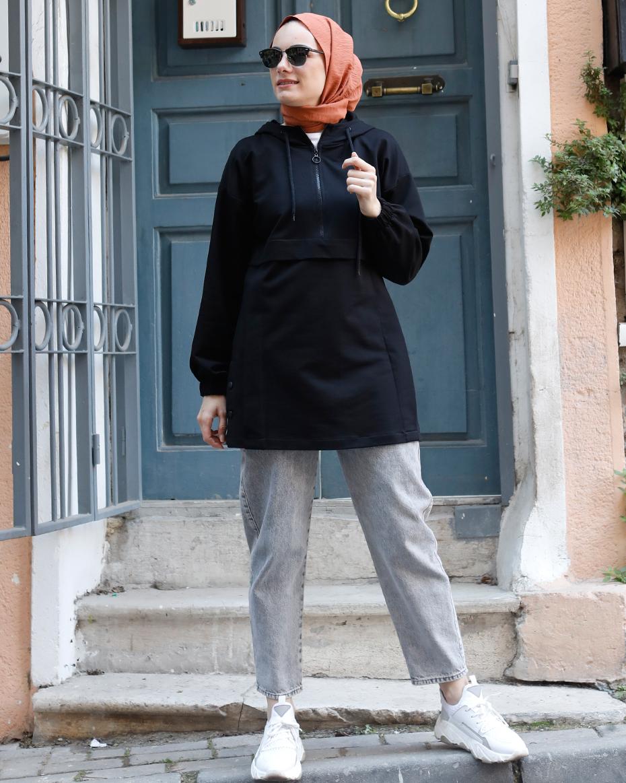 Kapşonlu Önden Yakası Fermuarlı Etek Ucu Çıt Çıtlı Tunik Siyah