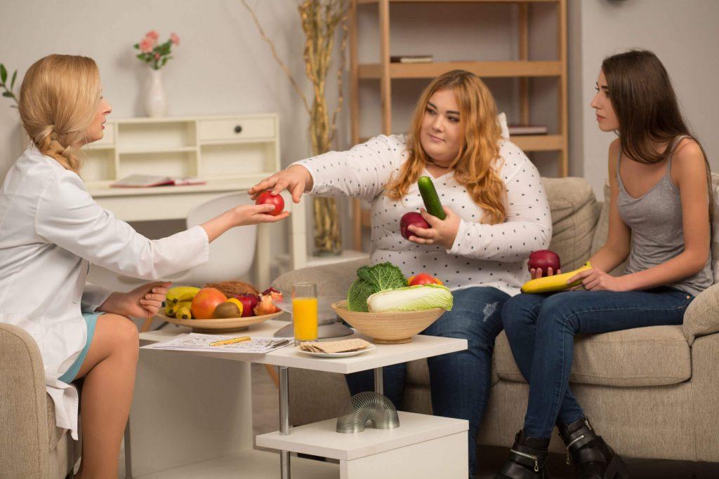 Psychodietetyk pomoże Ci ograniczyć podjadanie