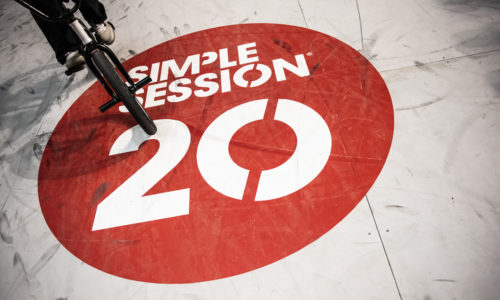 Classic Simple Session 2020 signage!