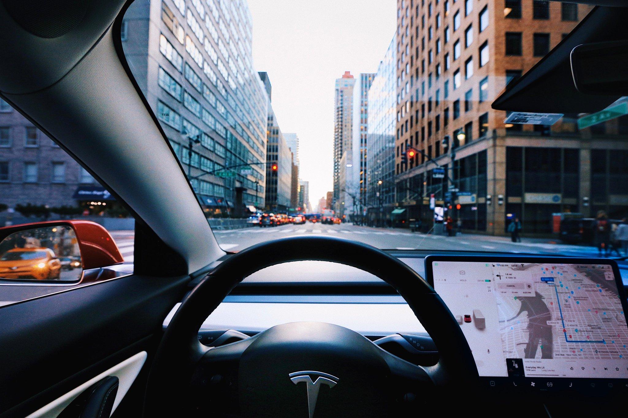 Intérieur voiture électrique Tesla Model 3