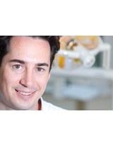 Profilbild von Dr. med. dent. Florian Neumayer