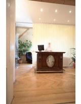 - Foto 3 von Dr. med. dent. Martin Desmyttere MSc auf DocInsider.de