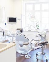 Behandlungszimmer - Foto 2 von Dr. med. dent. Martin Jörgens auf DocInsider.de