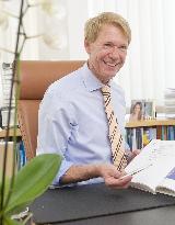 Beratungsgespräch - Foto 0 von Prof. Dr. Dr. Stefan Hillejan auf DocInsider.de