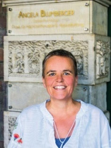 Angela Blumberger, Diplom Psychologin, Praxis für Hypnosetherapie und Hypnobirthing