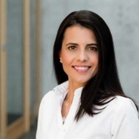 Dr. med. Estefania Lang