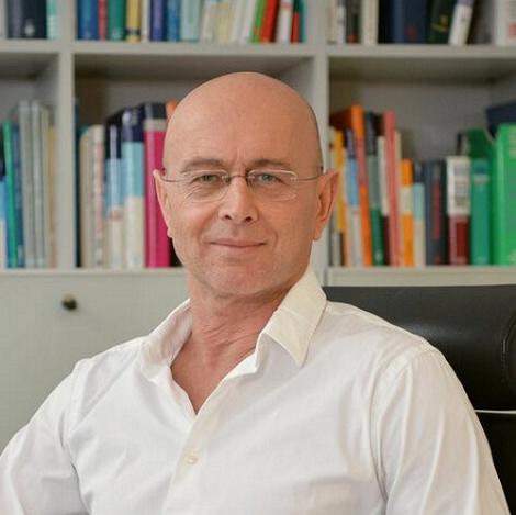 Dr. med. Sherko von Schmiedeberg