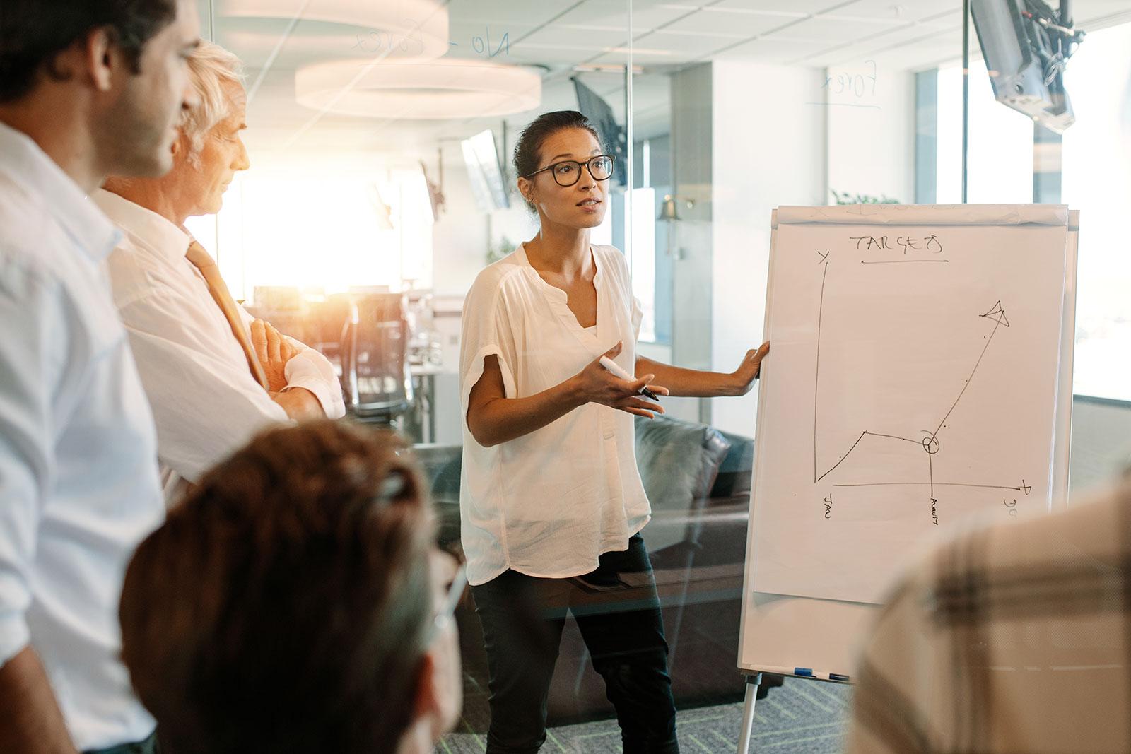 5 Simple Ways To Achieve Marketing & Sales Alignment