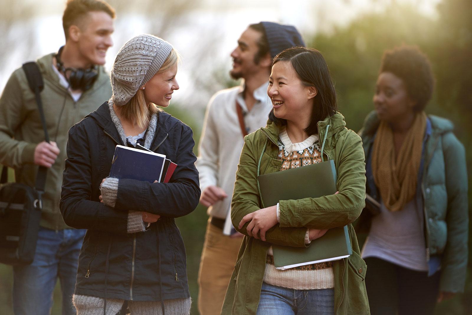 6 Digital Strategies to Attract International Students