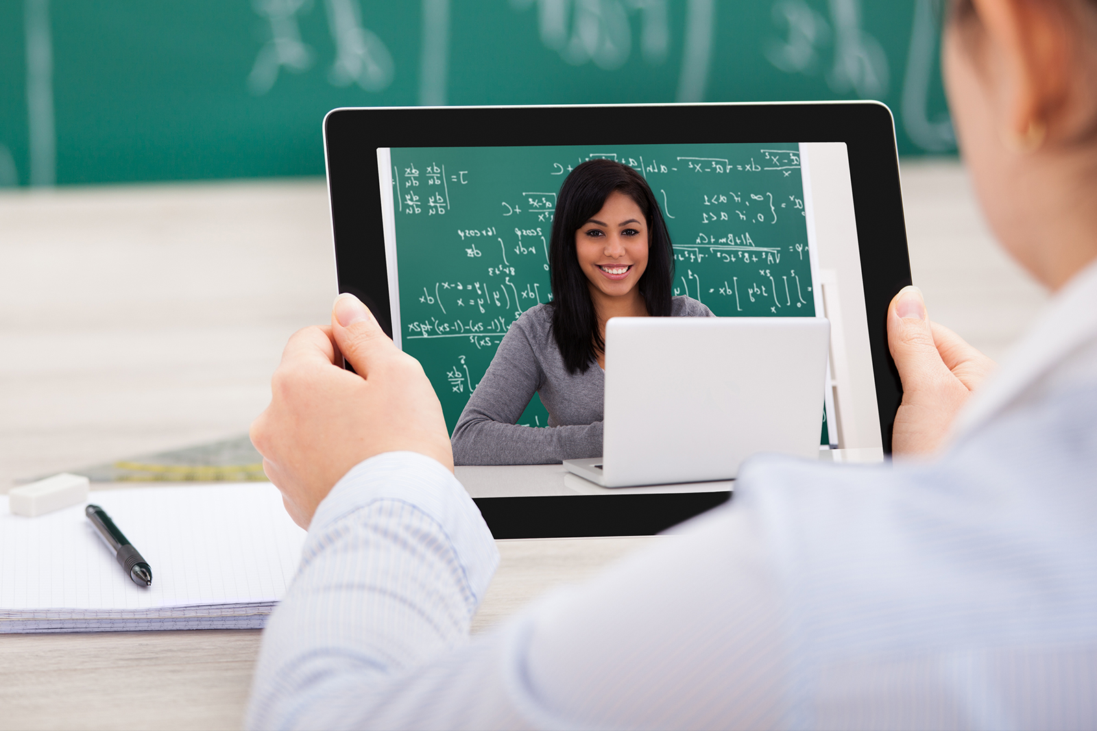 Will Online Learning Replace the Classroom?