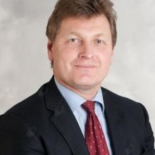 Christopher Fenn - Cosmetic Surgeon Leeds