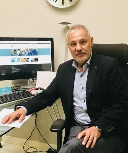 View opinions on Dr. Manuel Prados Guzmán and get an appointment