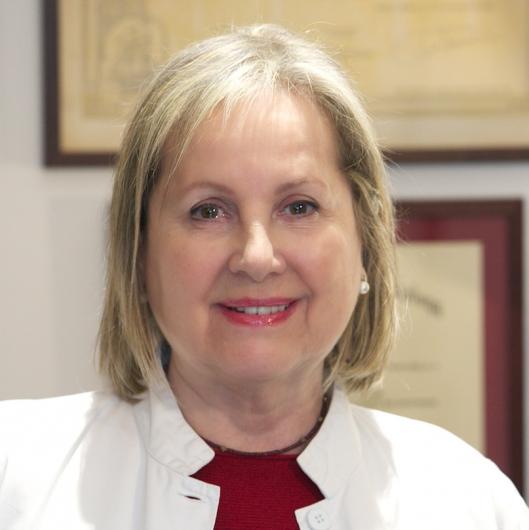 Dra Lola Bou Camps Opiniones Dermatologo Barcelona