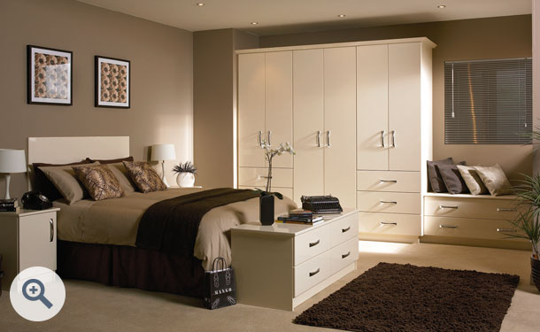 High Gloss Cream bedroom picture