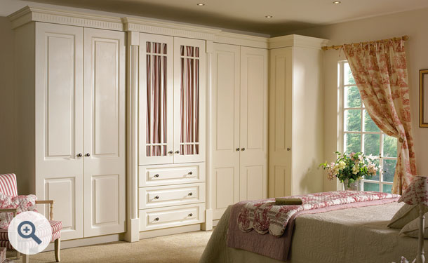 Hornschurch Ivory bedroom picture