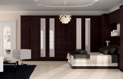 Handleless Overton bedroom in Horizontal Melinga Oak finish finish