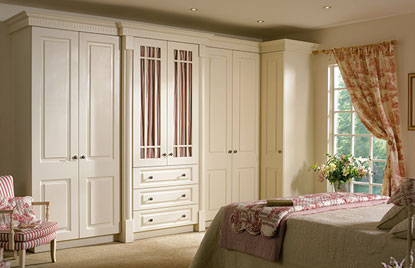 Beaded Prague bedroom in Hornschurch Ivory finish