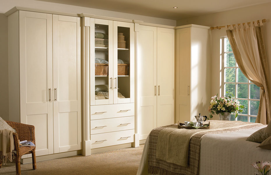 Shaker cologne wardrobe doors in hornschurch ivory by for Homestyle kitchen doors