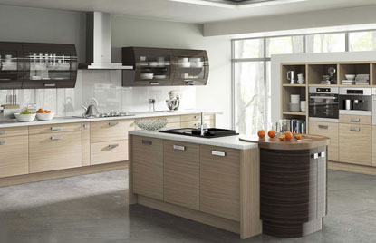 Premier Duleek kitchen in Troscan Oak and High Gloss Ebony finish
