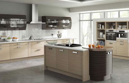 Premier Duleek kitchen in Troscan Oak and High Gloss Ebony