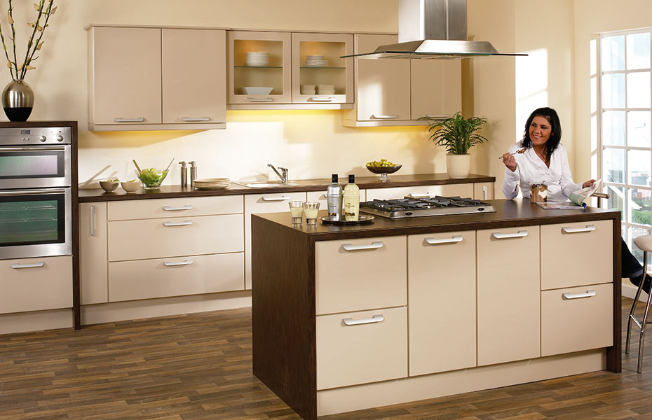 Premier duleek kitchen doors in high gloss beige by homestyle for Beige kitchen designs