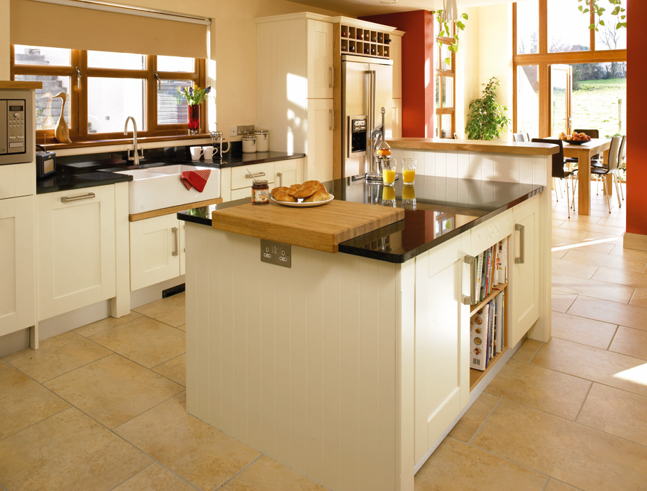 Shaker Cologne kitchen doors in Plain Ivory by HOMESTYLE