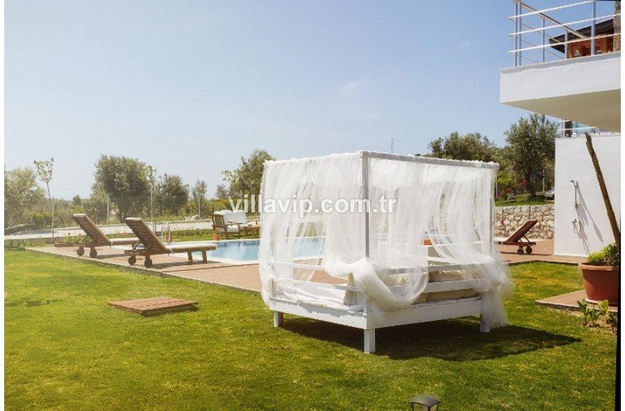 Ovacık'ta  11 Dönüm İçinde Özel Tasarım Butik Otel görseli