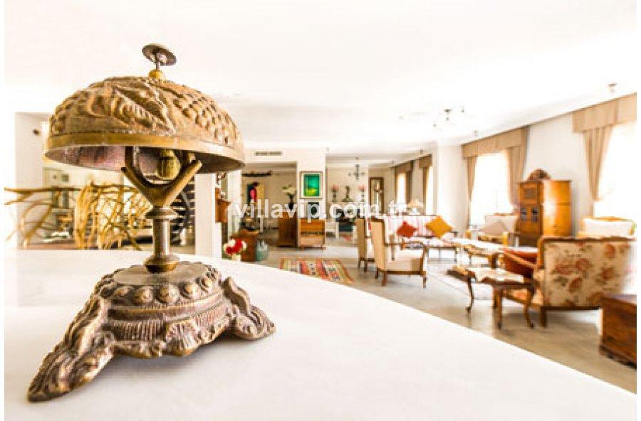 Alaçatı Muhteşem Modern Satılık Butık Otel görseli