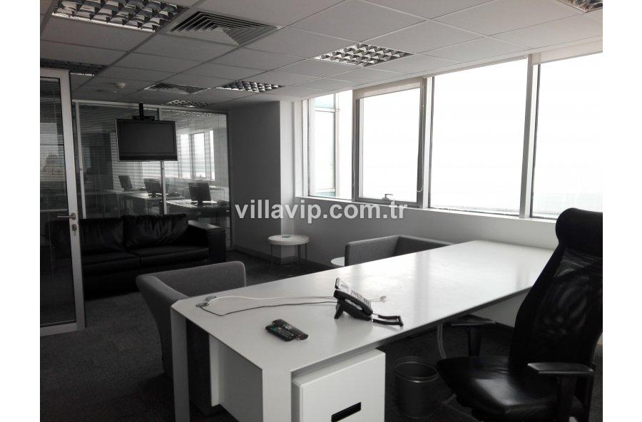 Alsancak'ın  En Gözde Plazasında 450 M2 Ofis görseli