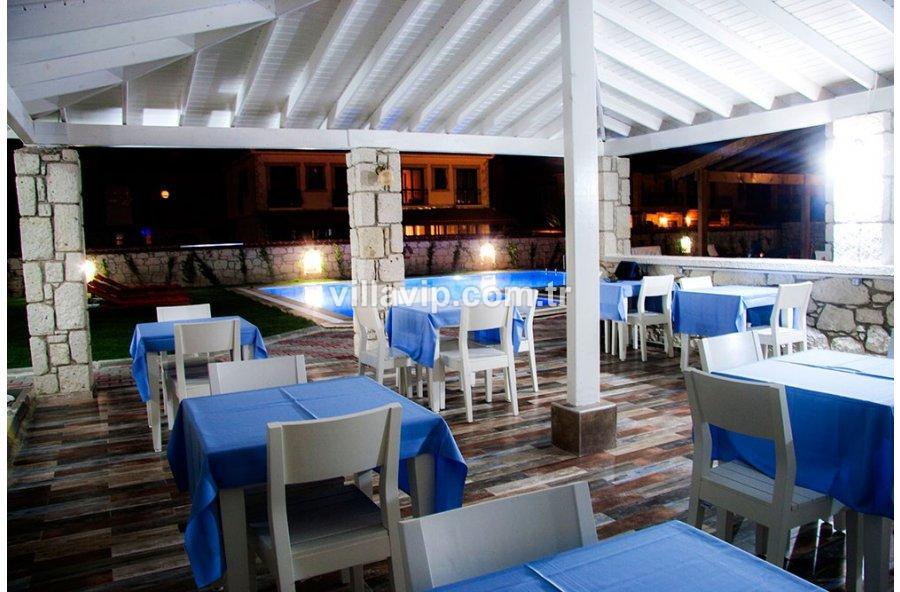 Çeşme Alaçatı 17 Odalı, Havuzlu Satılık Butik Otel görseli