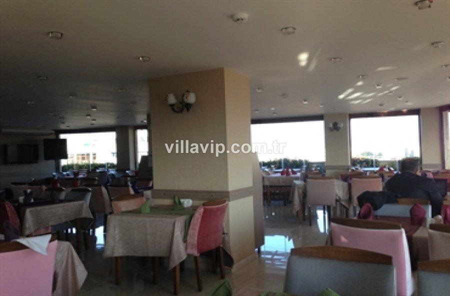 İzmir Oteller Bölgesinde Yenilenmiş Otel görseli